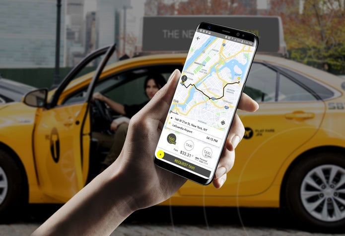 Book A Farringdon Taxi Through Your Phone